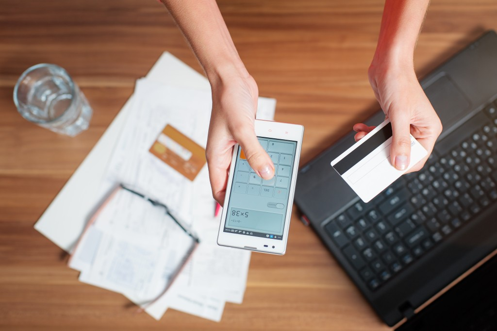 Paying bills througn online and mobile technology