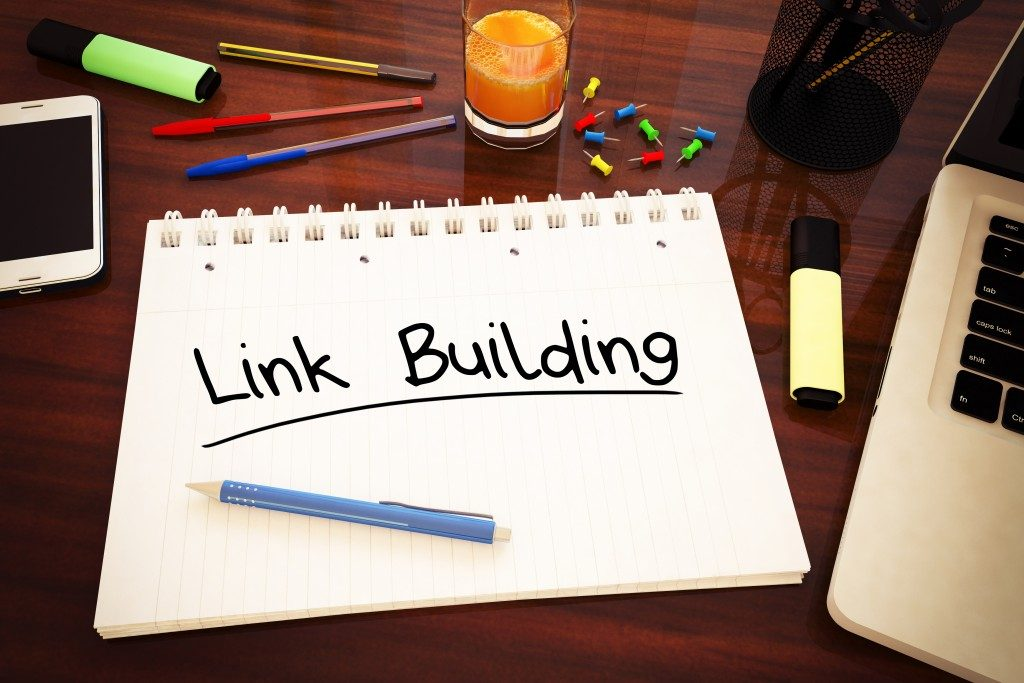link building written in a notebook